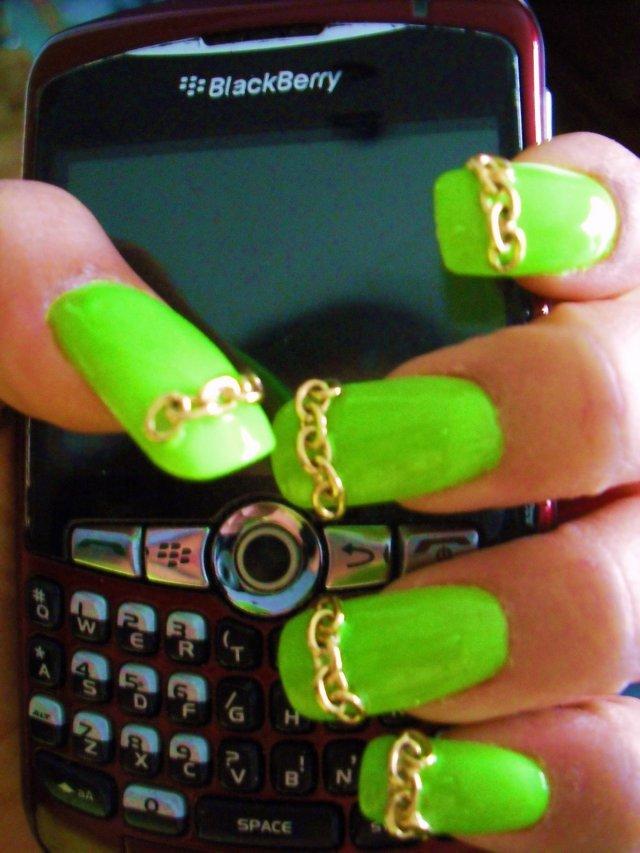 2BD - Nails