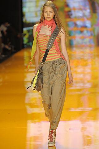 DKNY Spring/Summer 2009