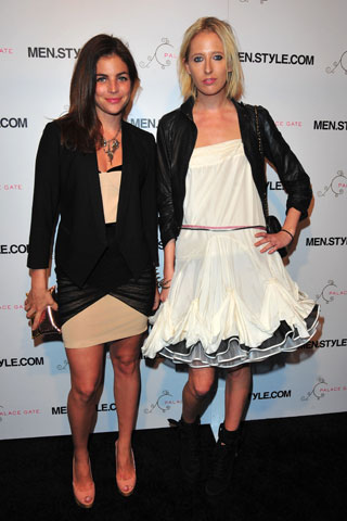 Julia Restoin-Roitfeld (left) with Sophia Hesketh