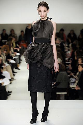 Vera Wang Fall 2009. I love this top.