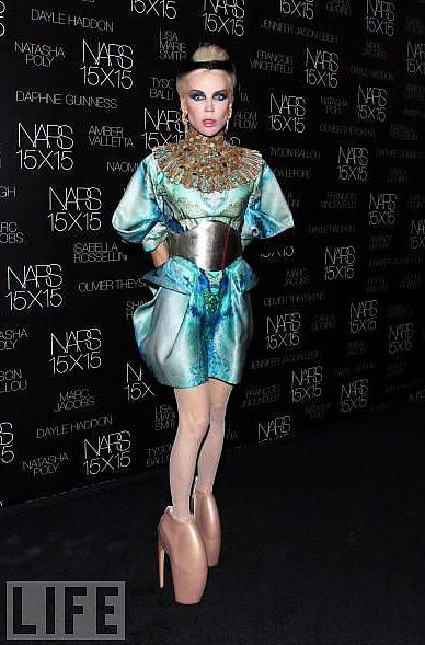 Daphne Guiness in Alexander McQueen