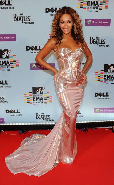 Beyonce at the 2009 MTV EMAs